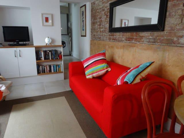 Lower Deck - Central St Ives Apartment - Sleeps 4 - St Ives - Apartamento