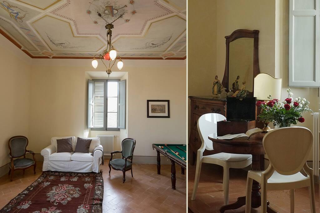 Salotto privato con tavolo da biliardo, e dettaglio del tavolino in camera. Photo Credits: Lia Alessandrini e Giorgio Rossi.