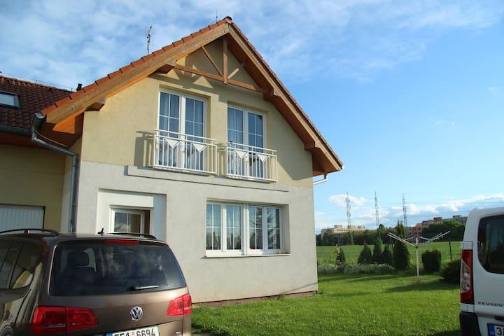 Sali Family house Prague (8 people) - Praga - Casa