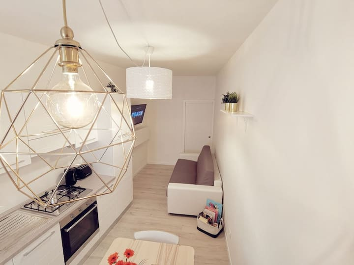 Dolce Riva  Downtown Deluxe Apartment