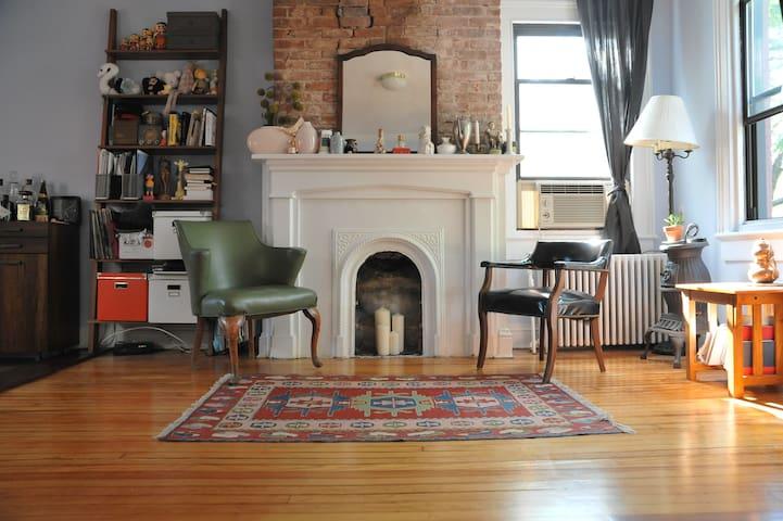 Hoboken Townhouse 15 min 2 NYC $99+ - Hoboken - Apartamento