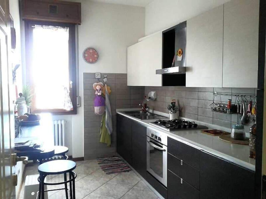 Stanza privata in zona museo ferrari appartamenti in for Stanze in affitto modena