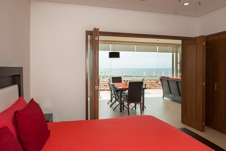 CONDO WITH OCEAN VIEW ROMANTIC ZONE
