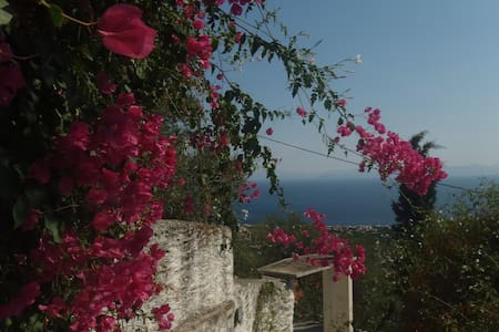 Amazing sea view and flowers - Τυρός Αρκαδίας