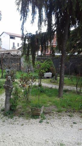 Affittasi Villa d'epoca mesi estivi - タリアコッツォ - 別荘
