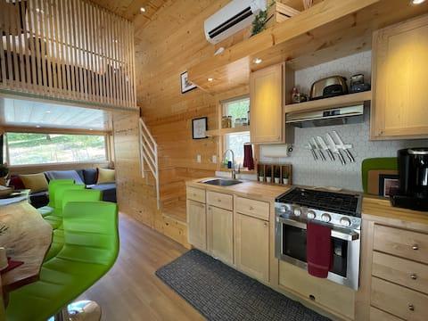 트윈 리버스 초소형 주택 (라트비아 휴양지)