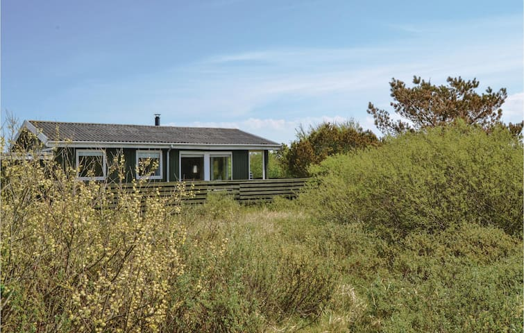 Holiday cottage with 3 bedrooms on 58m² in Fanø