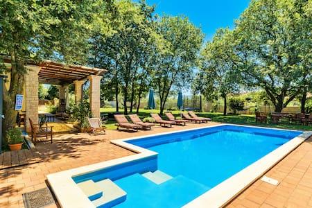 Villa Sarita, Istrian paradise near the sea