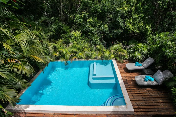 Modern, Spacious with private pool PLAYACAR fase 2