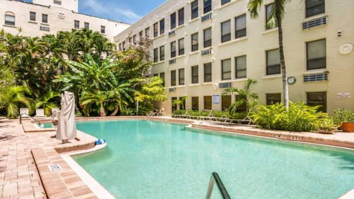 Palm Beach Island Condo with Pool!