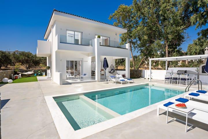 Constantinos Villa, Sublime Island Εscape!