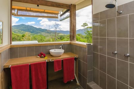 Wompoo Retreat- Mangosteen Bungalow-views-privacy