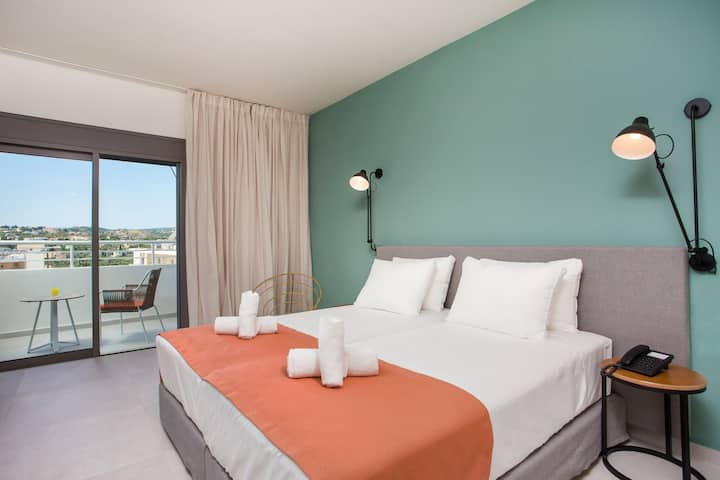Mazoren Art Hotel, Room 2