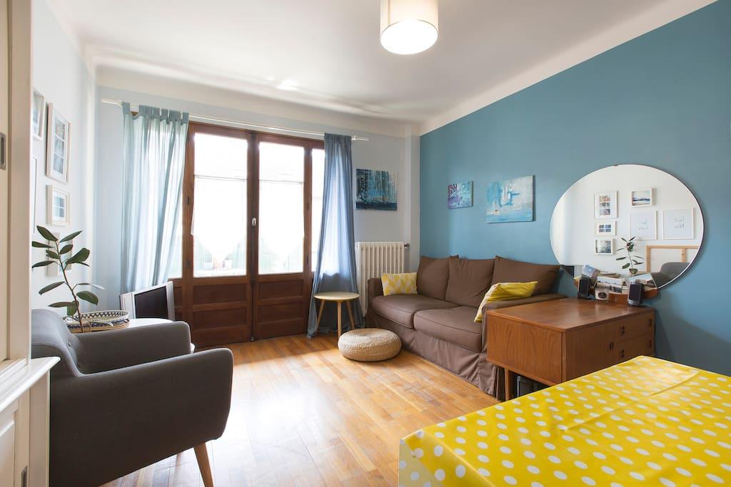 Charmant t3 en centre ville appartements louer for Chambre a louer annecy