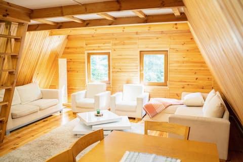 Casa BOSQUE - naturaleza, relajación, jacuzzi.
