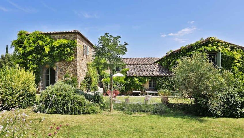 Villa Lorian - Elegant Villa near Montalcino - Montalcino - Willa