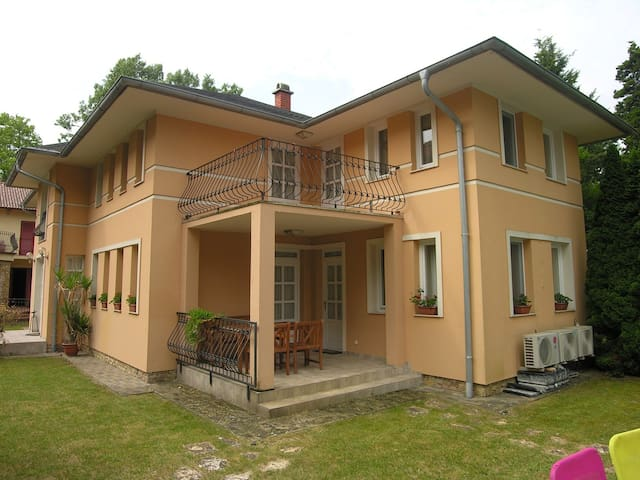 Apartment for 4 persons in Balatonlelle R79725