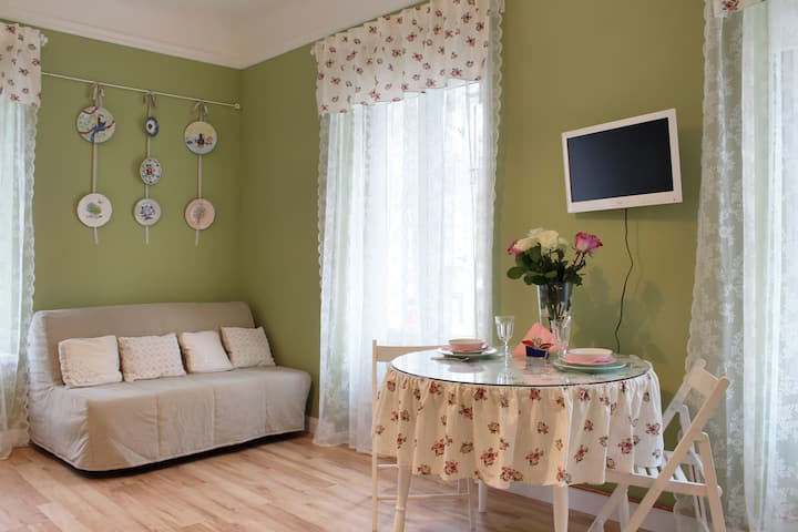 Sokolovska green apartment