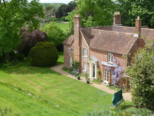 Lee Manor Bed & Breakfast - Romsey