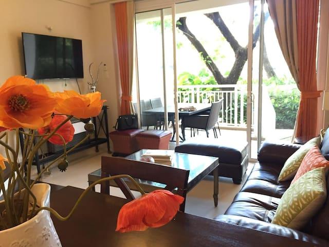 2 Bedroom Loft Garden Suite Beach Home at Pico