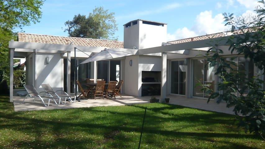 superbe maison moderne pour 9 pers - Capbreton - House