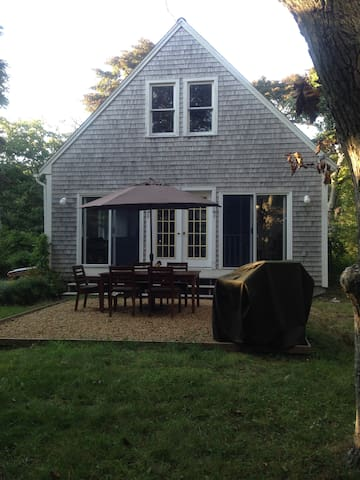 Private Up-Island Cottage Retreat - Aquinnah - Casa