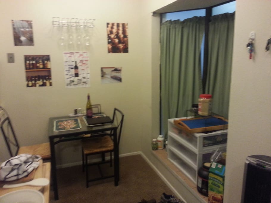 1 bedroom 1 bath apt near ut apartments for rent in - One bedroom apartments in austin ...