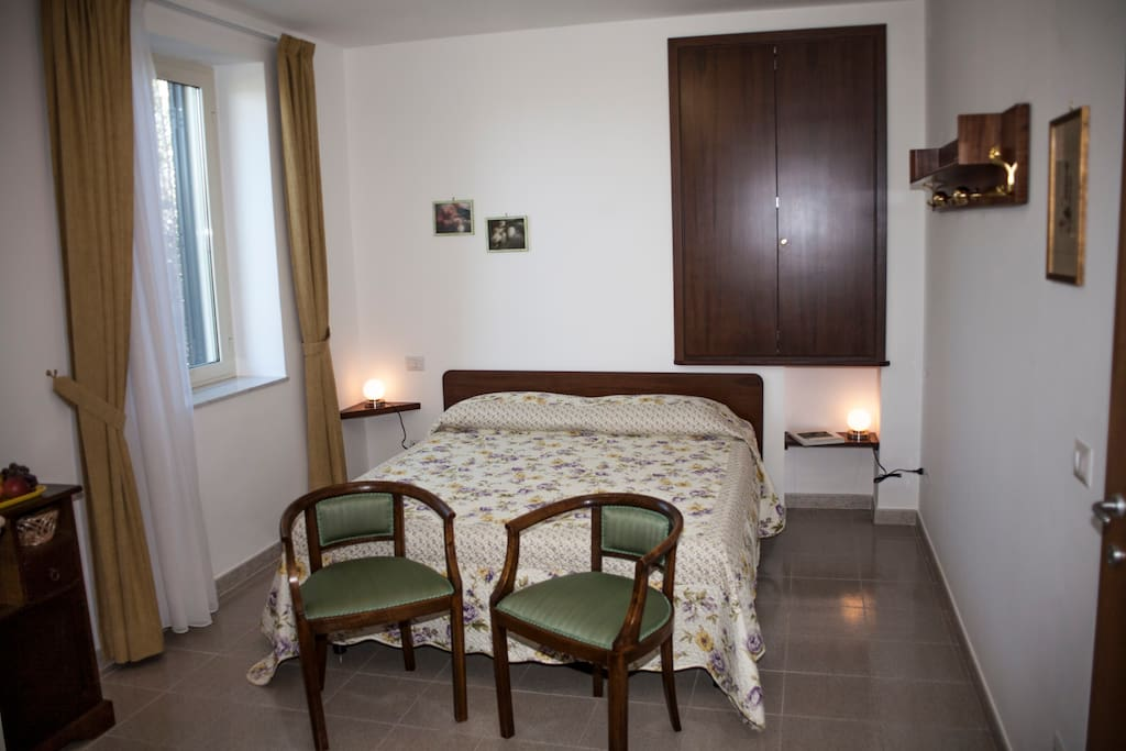 The bed area of the house - La zona letto della Casa