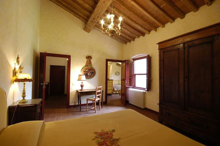 Suite familiare - Collesalvetti - Bed & Breakfast