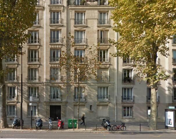 Family appartment place Pereire - Paris - Apartemen