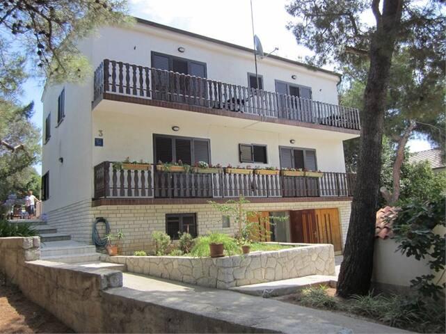 House of Tranquillity 1 - Mali Lošinj - Bed & Breakfast