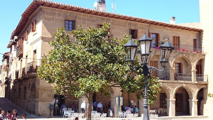 The ABBEY - Alójate en una abadía.