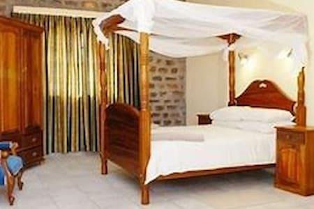 An Oasis in the desert Double Bedroom 1