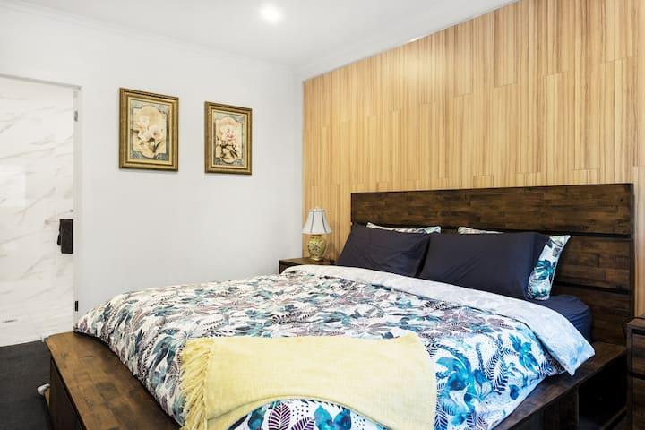 Olinda Village View Luxury Apartment B1
