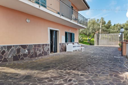 Lovely Apartment in Agropoli with Garden and Fireplace