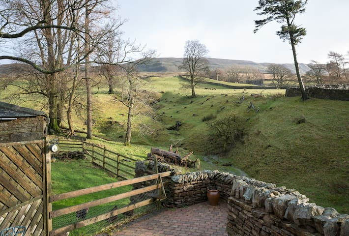 Elysian Fields @ Ing Hill Lodge - The Waggonette - Kirkby Stephen - Wohnung