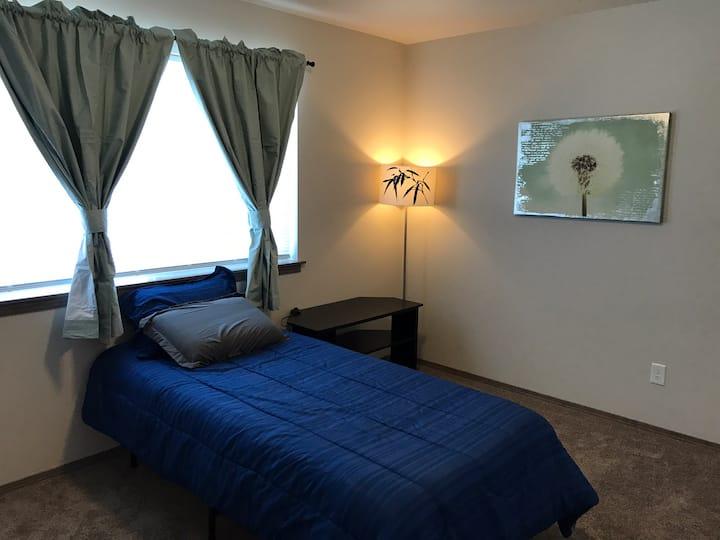 Comfortable Single BDRM, near DWNTWN, W/amenities