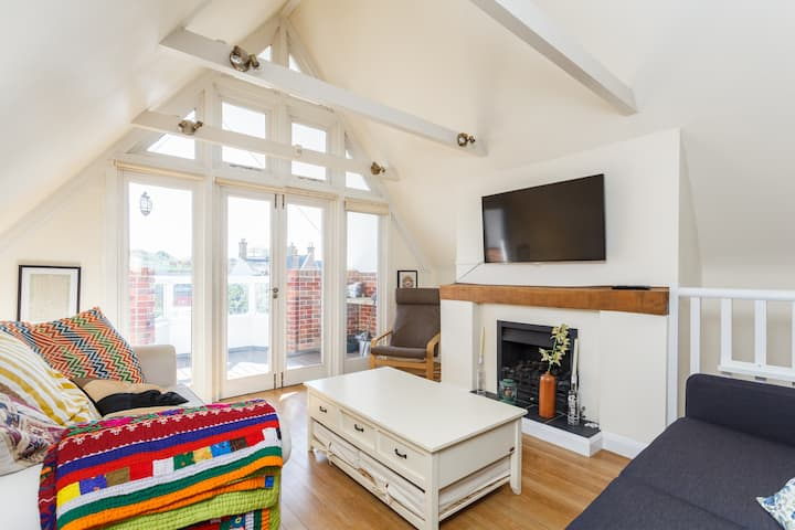 Lymington Town House - The perfect location !