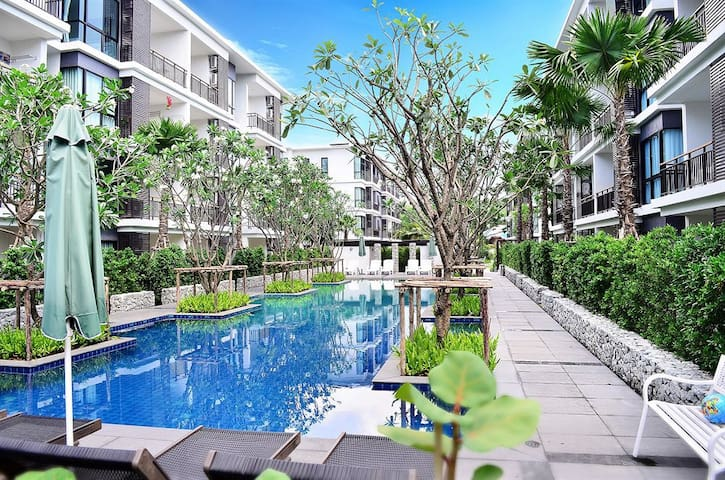 Beachfron 1 BR Apartment Rawai Beach Phuket