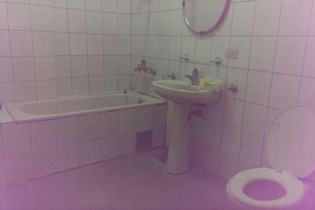 3坪超大浴室及浴缸
