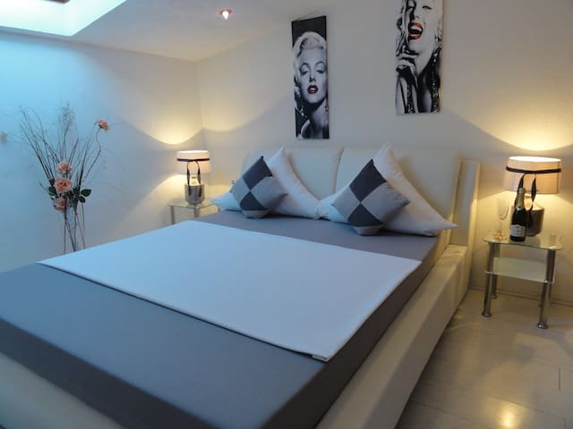 Zadar Borik 3* Studio Apartment A  with sea view