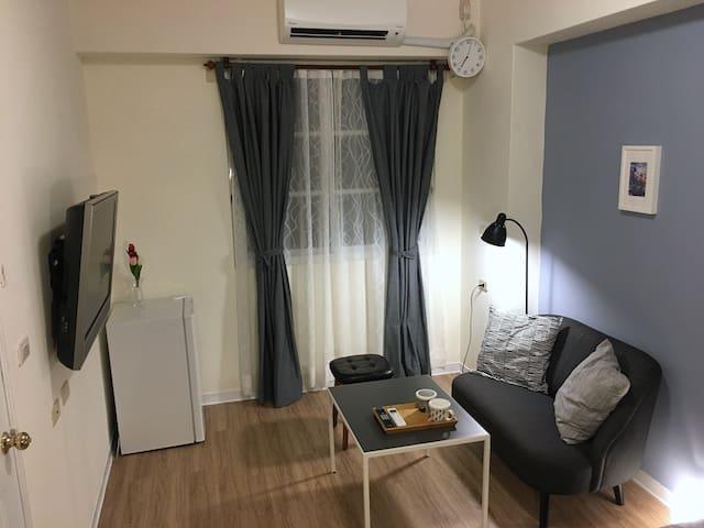 A Cozy room for you. 全新整裝一樓獨立進出套房 安全清淨。檜意村、阿里山鐵路旁。
