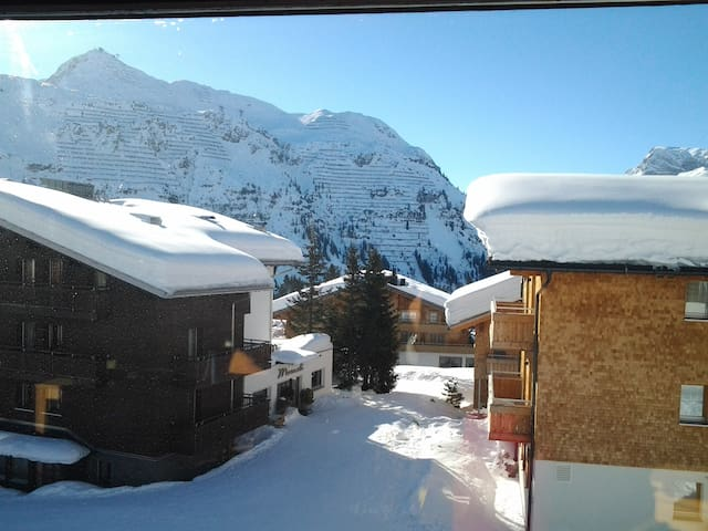 Fabulous, direct access to lifts - Lech - Appartement