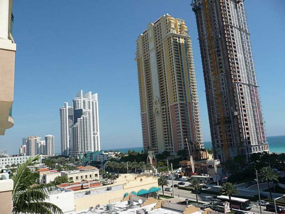 SUNNY ISLES VIEW