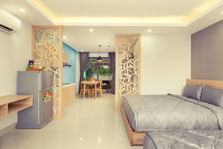 HAPPY HOUSE luxury room (2 balcones)
