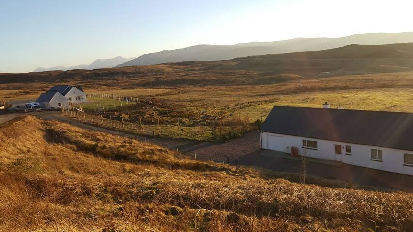 Craigh Na Dun Holiday Cottage in central Skye