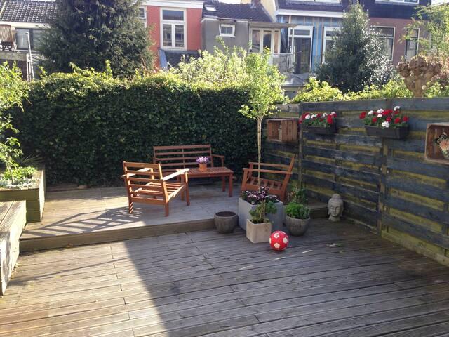 Downtown house with sunny garden! - Utrecht - Apartment