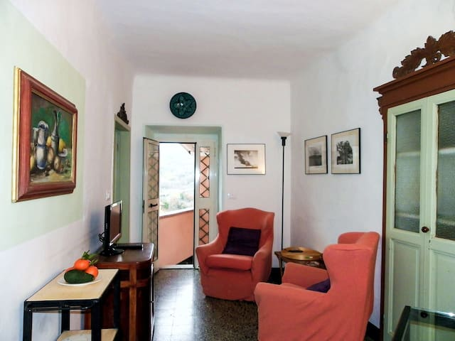 Entroterra di Lerici - 5 terre - Arcola