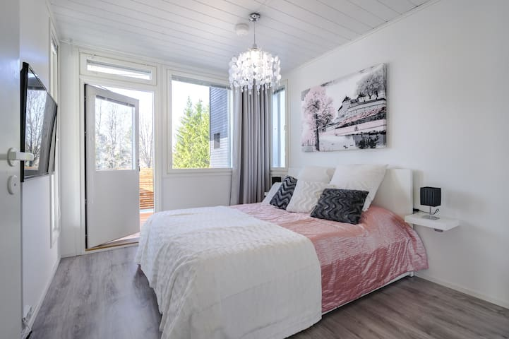 Private room in modern house 25min to Helsinki Cit