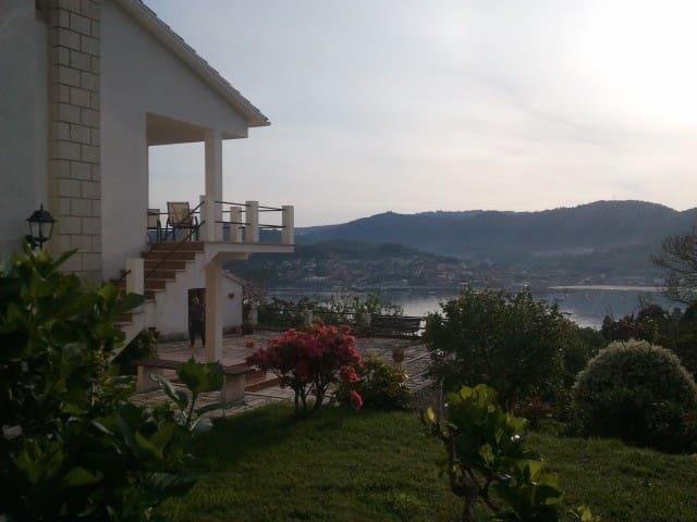 Vivienda con vistas al mar - Hío - Haus